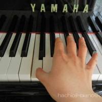 グランドピアノの真ん中のド